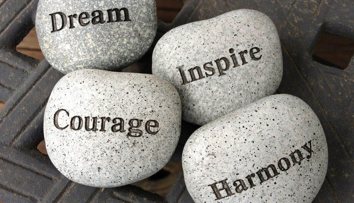 Odwaga.Inspiracja.Balans. Jak inspirować innych do działań. Jak dbać o siebie i środowisko. Nowa odsłona bloga ulmastyle.