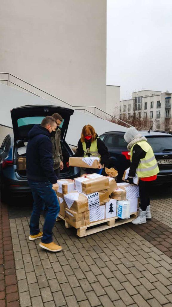 Szlachetna paczka 2020 pomoc wolontariuszy